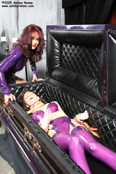 Ashley Renee & Mistress Aradia