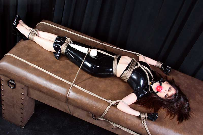 Ashley Renee tied in latex and vibed video clip